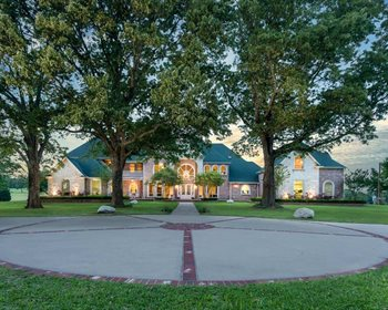 Luxury Texas Cattle Ranch