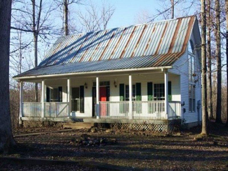 Auction - Country Home W/ 27± Acres : Morgantown : Butler County : Kentucky