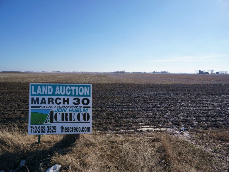 Great Looking Inside Farm : Milford : Dickinson County : Iowa