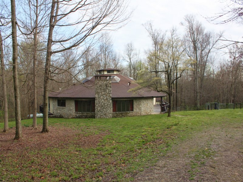 Private Custom Built Home & Acreage : Glasgow : Barren County : Kentucky