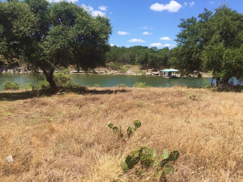Waterfront Lot Auction : Marble Falls : Burnet County : Texas