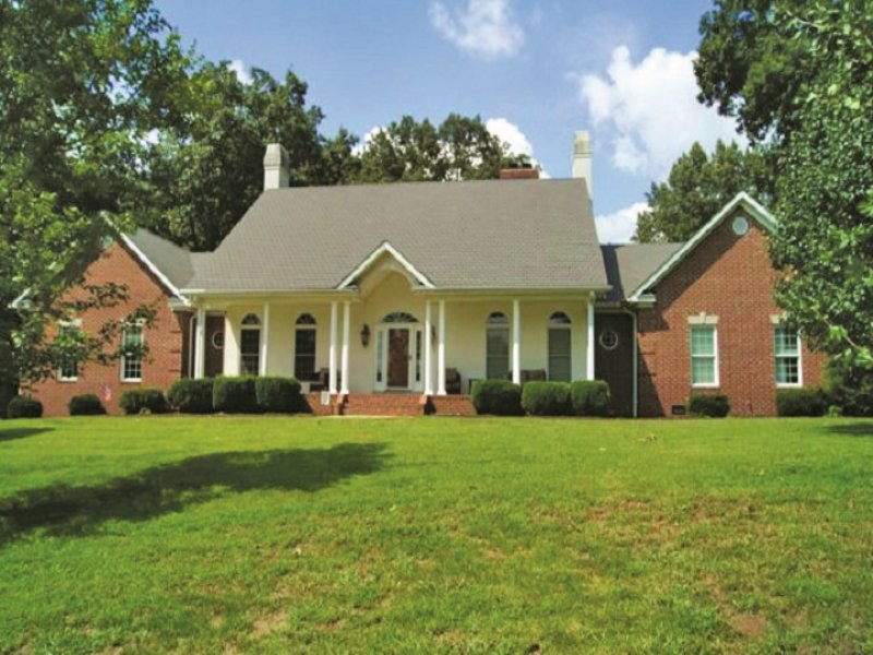 Home & Acreage Auction : Bowling Green : Warren County : Kentucky