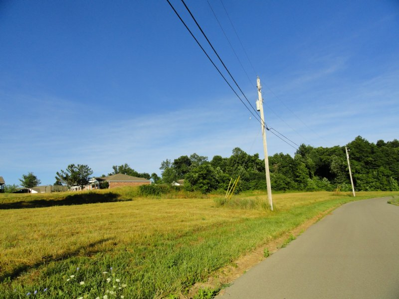 Residential And Duplex Building Lot : Radcliff : Hardin County : Kentucky