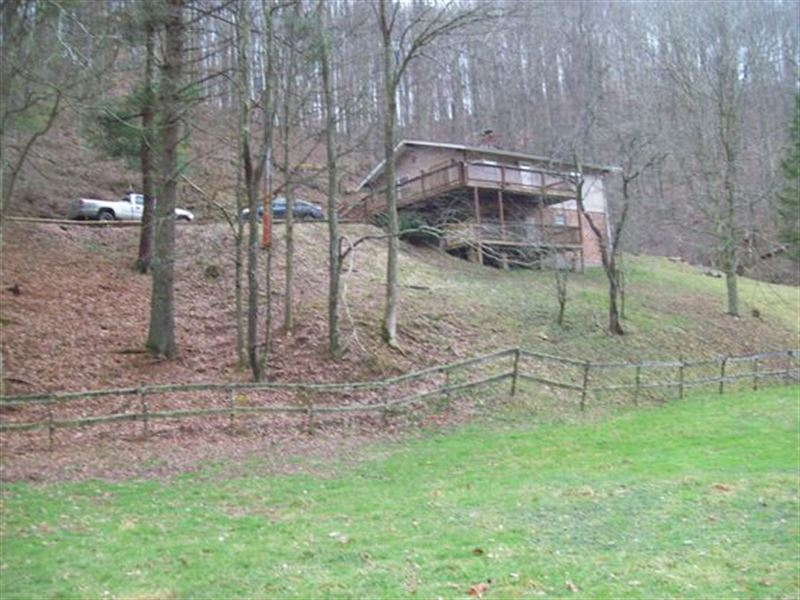 Farm Real Estate & Personal Propert : Wallace : Harrison County : West Virginia