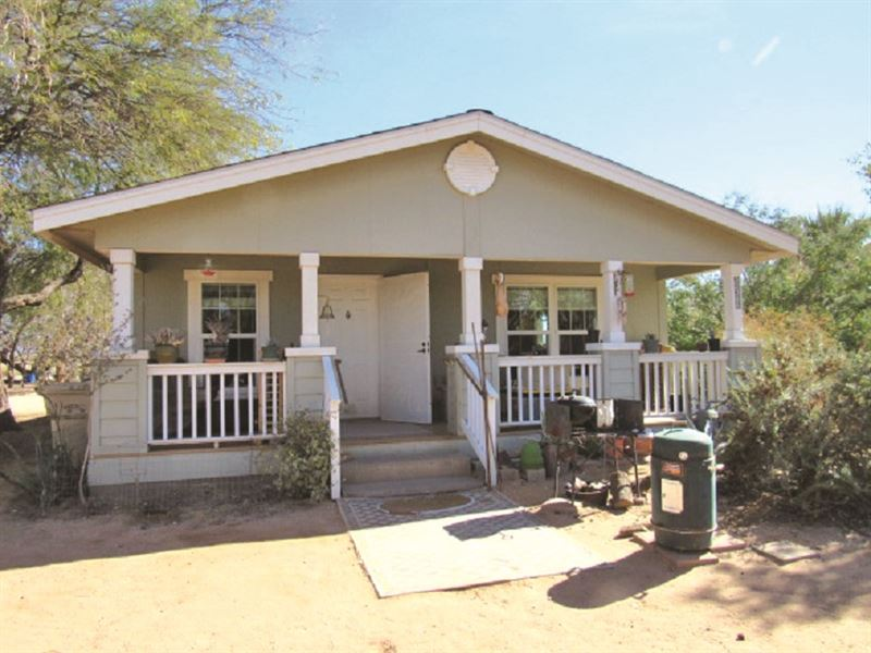 Living Estate Auction : Maricopa : Pinal County : Arizona