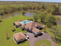Mississippi Real Estate Auction : Senatobia : Tate County : Mississippi
