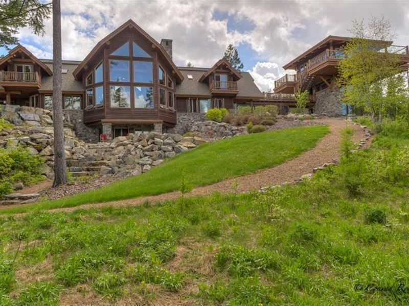 Secluded Mountain Retreat Locate : Whitefish : Flathead County : Montana