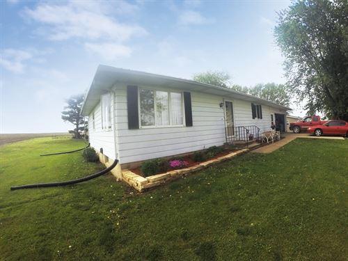 Iowa Farm Auction : Watkins : Benton County : Iowa