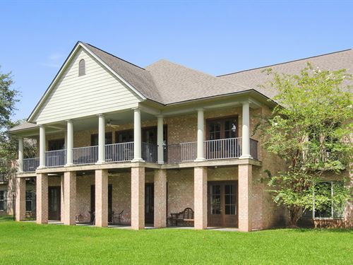 Bank Ordered Hotel & Restaurant : Alexandria : Rapides Parish : Louisiana