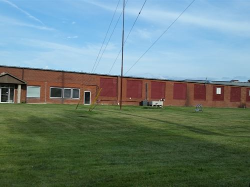 Online Auction Industrial Bldg : Du Quoin : Perry County : Illinois