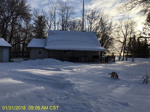 2Br 1Ba 1,173 sf Single-Famil : Roseau : Minnesota