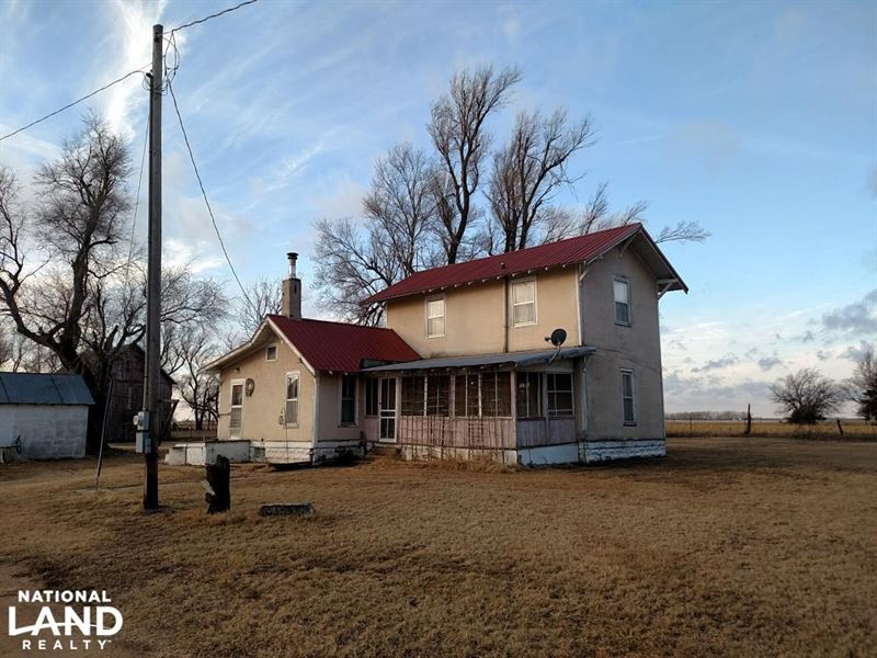 Reno County Home on Short 80 : Hutchinson : Reno County : Kansas