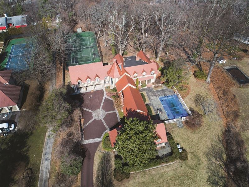 Luxury Villanova Estate Auction : Villanova : Delaware County : Pennsylvania