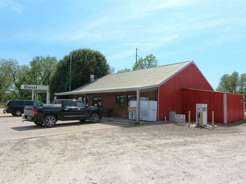 Turn-Key Convenience Store And Land : Haworth : McCurtain County : Oklahoma