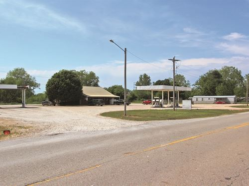 Turn-Key Convenience Store & Land : Haworth : McCurtain County : Oklahoma