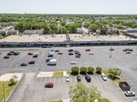 63,000 Sf Shopping Center : Country Club Hills : Cook County : Illinois