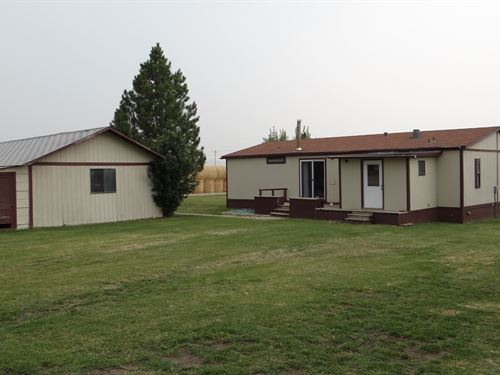 Home, Shop & Corrals 3 Acres Judith : Garneill : Fergus County : Montana