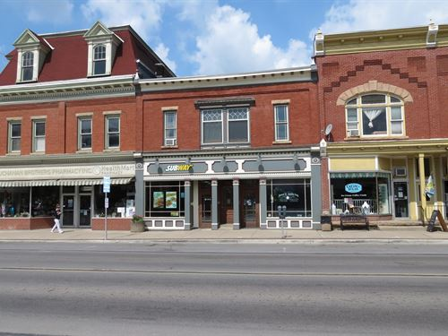 Office Space/Store Front Auction : Coudersport : Potter County : Pennsylvania