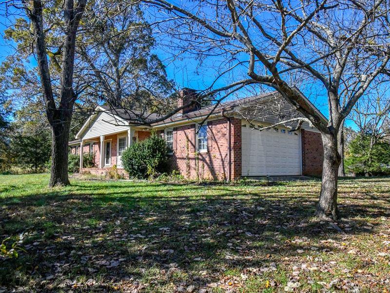 Auction, 53 Acre Farm Estate : Siler City : Chatham County : North Carolina
