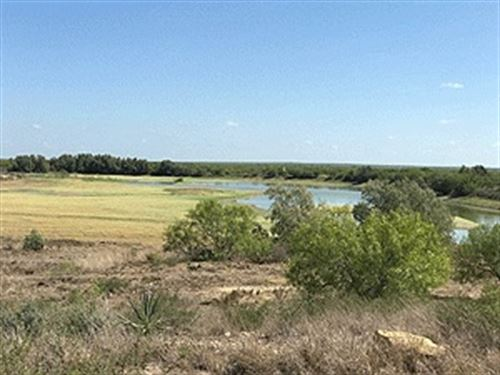 Hunting Land, Dwelling : Laredo : Webb County : Texas