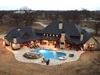 Welcome to This Amazing 8,000 sq : Inola : Rogers County : Oklahoma