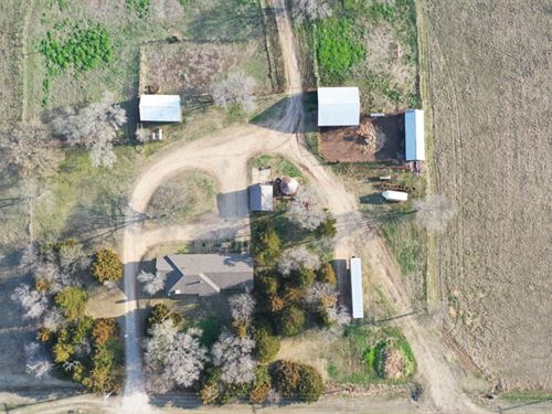 160 Home, Barns, Grassland & More : Newkirk : Kay County : Oklahoma