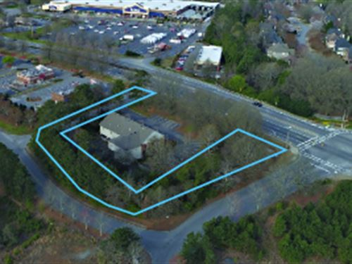 Absolute $1 Auction, 1.07 Acres : Suwanee : Forsyth County : Georgia