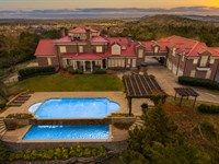 Carlisle Hill, 10 Acre Luxury Home : Franklin : Williamson County : Tennessee