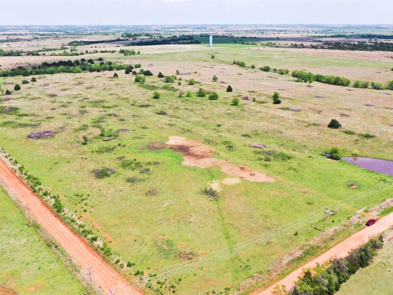 160 Acres Grass Pasture & Ponds : Mulhall : Logan County : Oklahoma