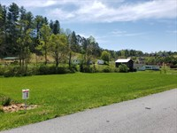 Twin Brook Hills Residential Lot : Weaverville : Buncombe County : North Carolina