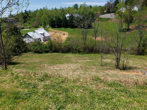 Residential Lot In Twin Brook Hills : Weaverville : Buncombe County : North Carolina
