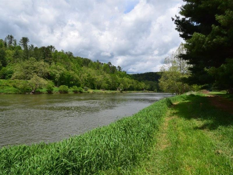 Riverfront Land in Galax VA : Galax : Grayson County : Virginia