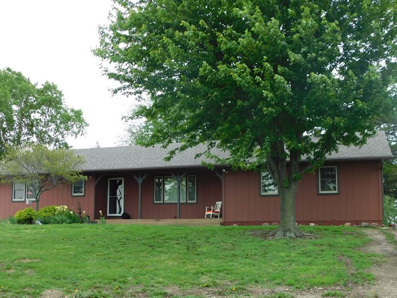 Ranch Home Offered Auction Rural : Valley Falls : Jefferson County : Kansas