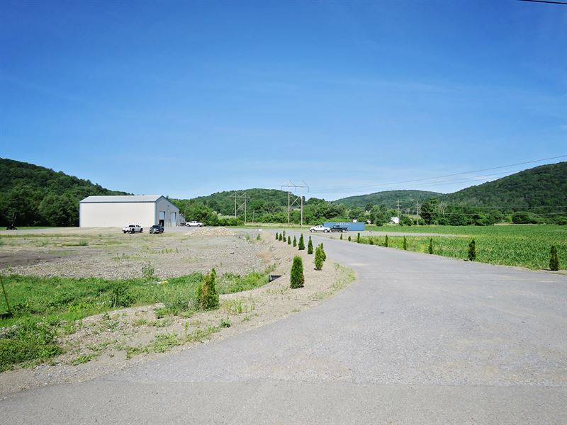 Commercial Building, Acreage Online : Covington : Tioga County : Pennsylvania