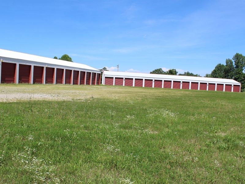 Commercial Bldg, Boat Storage Units : Leitchfield : Grayson County : Kentucky