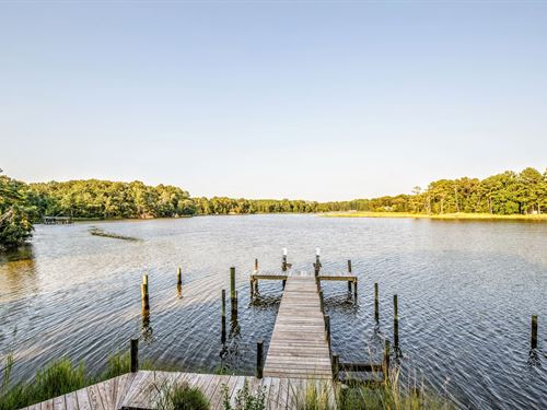 Waterfront Home Auction Farnham : Farnham : Richmond County : Virginia