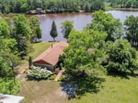 Waterfront Home On Acreage : Farnham : Richmond County : Virginia