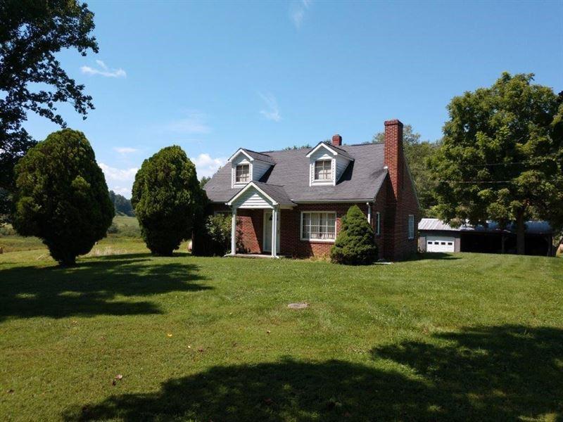 Brick Home & Acreage Auction Floyd : Floyd : Floyd County : Virginia
