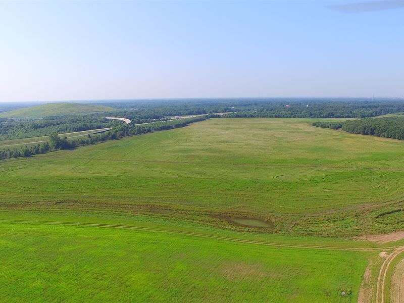 Arkansas Real Estate Auction : North Little Rock : Pulaski County : Arkansas
