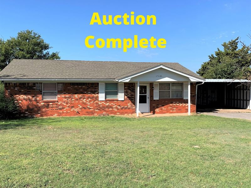 Country Home Acreage Clinton, OK : Clinton : Custer County : Oklahoma