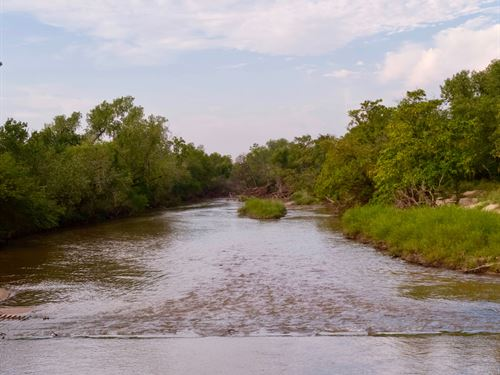 Medicine River Ranch Auction : Kiowa : Barber County : Kansas