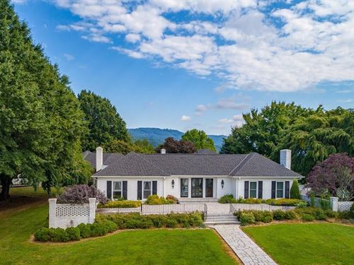 World Class 153 Acre Horse Farm : Cana : Carroll County : Virginia