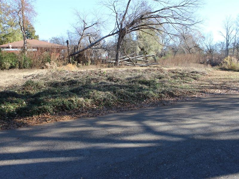 Gladewater TX Lot Absolute Auction : Gladewater : Gregg County : Texas