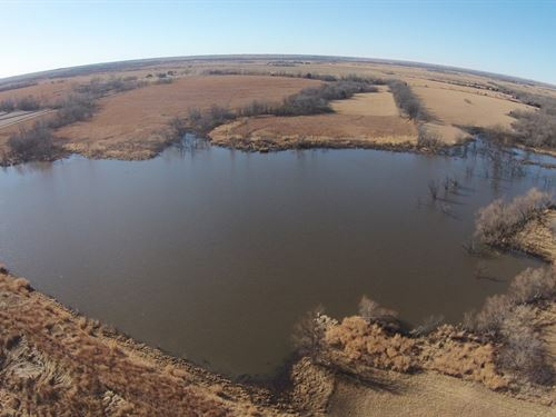 Eastern Kansas Ag Land & Hunting : Osage City : Lyon County : Kansas