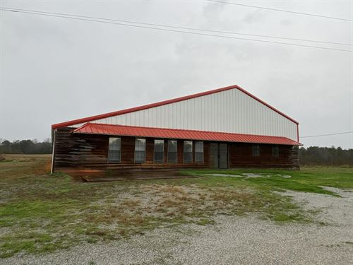 Office, Warehouse, Barns and Land : Barnesville : Lamar County : Georgia