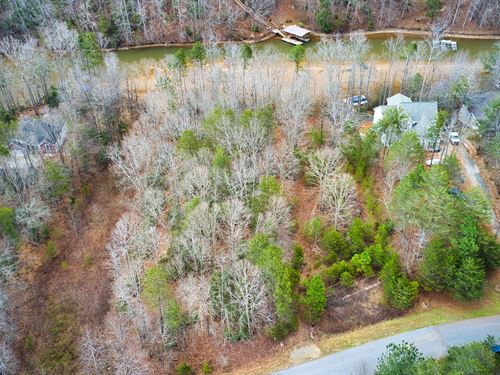 Lakefront Lot in Catawba NC : Catawba : North Carolina