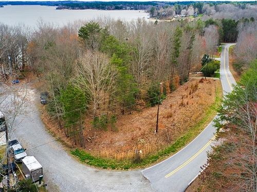 Auction, Catawba County Lake View : Sherrills Ford : Catawba County : North Carolina