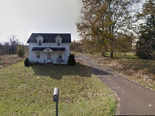 1.95 Acres With Country Home : Souderton : Montgomery County : Pennsylvania