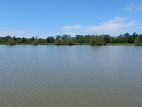 25 Up to 48 Acres with a 11 Ac Lake : Clarksdale : Coahoma County : Mississippi