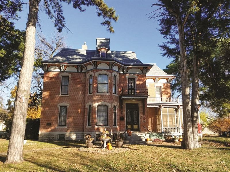 Historic Victorian B&B : Lindsborg : McPherson County : Kansas